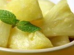 Салат для похудения с ананасом и имбирем