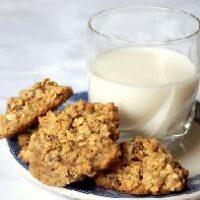 Овсяное печенье— любимое лакомство детей и взрослых