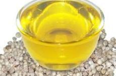 Масло моринги масличной.