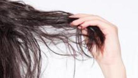 Уход за сухими волосами.