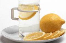 Почему вода с лимоном лучшее начало активного дня.