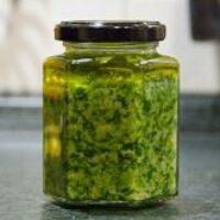 Как приготовить соус песто дома