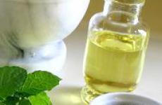 Применение касторового масла в косметических целях.
