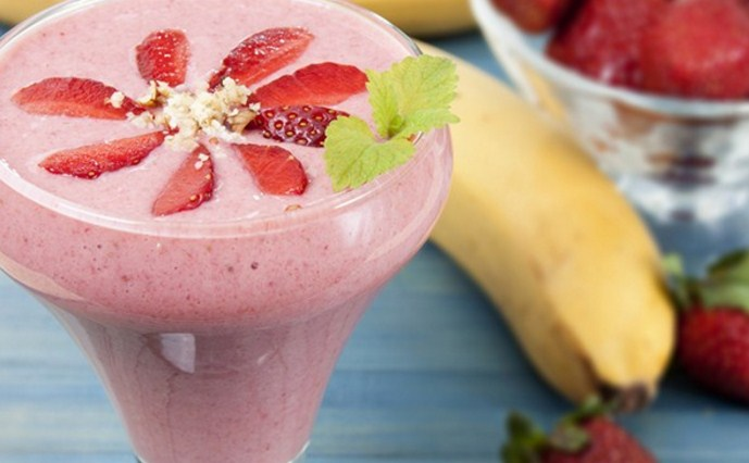 yogurt-banan-klubnika