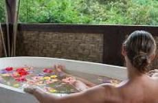 Ванна с травами для кожи: польза и удовольствие.