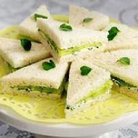 Бутерброды с огурцом— просто и элегантно