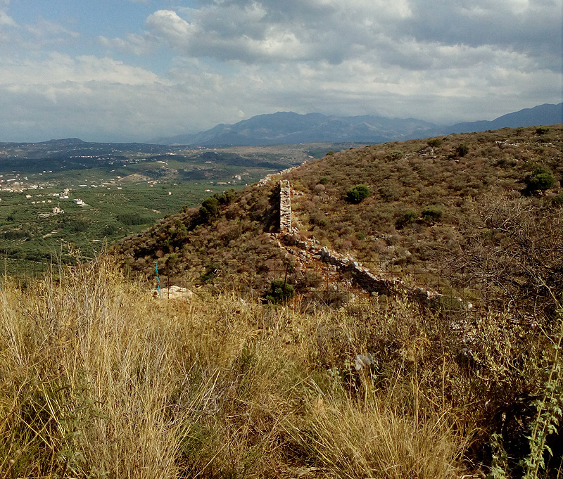Аптера-крепостная стена