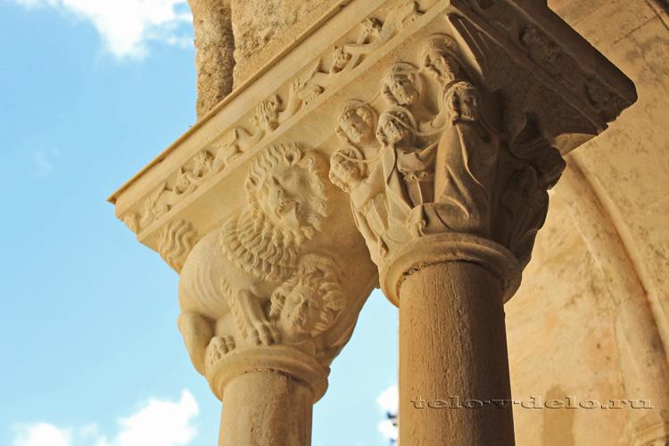 капитель парной колонны